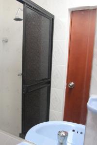 Habitaciones en Medellín (Apartahotel Ferjaz), Гостевые дома  Медельин - big - 38