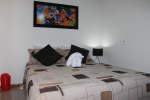 Habitaciones en Medellín (Apartahotel Ferjaz), Гостевые дома  Медельин - big - 36