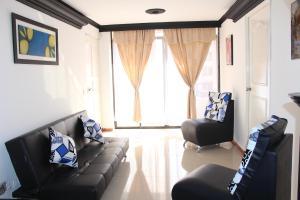 Habitaciones en Medellín (Apartahotel Ferjaz), Гостевые дома  Медельин - big - 100