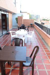 Habitaciones en Medellín (Apartahotel Ferjaz), Гостевые дома  Медельин - big - 102