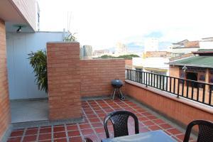 Habitaciones en Medellín (Apartahotel Ferjaz), Гостевые дома  Медельин - big - 101