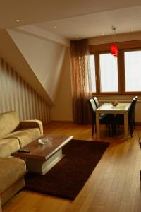 Club Satelit Zlatibor, Bed and Breakfasts  Zlatibor - big - 2