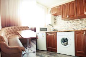 Apartment on Prospekt Mira, Apartmány  Mariupol' - big - 4