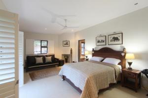 64 Ocean Drive Guesthouse, Гостевые дома  Баллито - big - 7