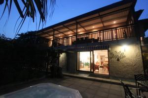 64 Ocean Drive Guesthouse, Гостевые дома  Баллито - big - 12