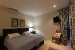 64 Ocean Drive Guesthouse, Гостевые дома  Баллито - big - 9
