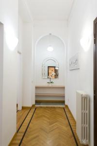 Domus Claudia, Апартаменты  Рим - big - 32