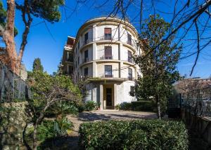 Domus Claudia, Апартаменты  Рим - big - 17
