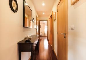 BmyGuest - Oporto's View Apartment, Апартаменты  Вила-Нова-ди-Гая - big - 8