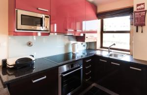 BmyGuest - Oporto's View Apartment, Апартаменты  Вила-Нова-ди-Гая - big - 9
