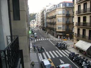 Pensión Añorga, Vendégházak  San Sebastian - big - 7