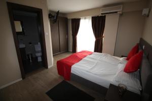 Opera House Hotel, Hotels  Skopje - big - 54