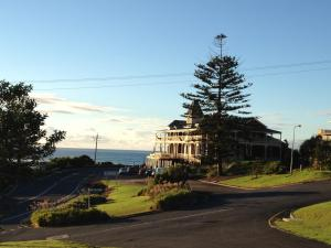Grand Pacific Hotel & Apartments, Hotel  Lorne - big - 1