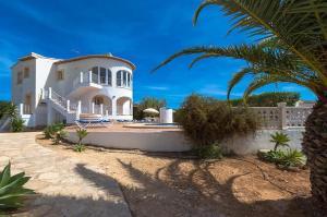 Villa Blake, Villen  Moraira - big - 15