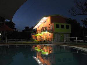 Lo Nuestro Resort, Hotely  El Sunzal - big - 9