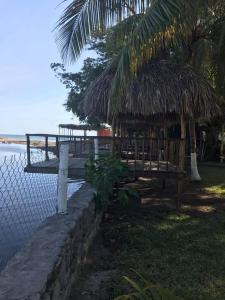 Lo Nuestro Resort, Hotely  El Sunzal - big - 6