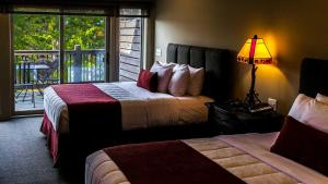 One-Bedroom with Two Queen Beds - 202