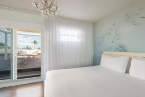 Ocean Front Room King Bed with Terrace