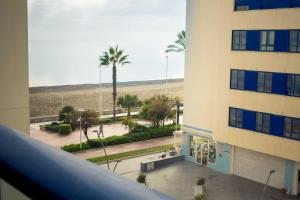 Holidays2Malaga City Beach, Apartmány  Málaga - big - 1