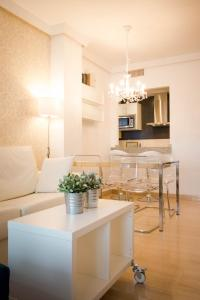 Holidays2Malaga City Beach, Apartments  Málaga - big - 2