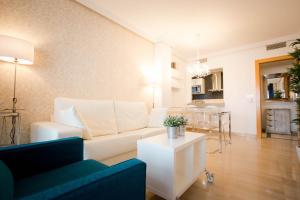 Holidays2Malaga City Beach, Apartments  Málaga - big - 5
