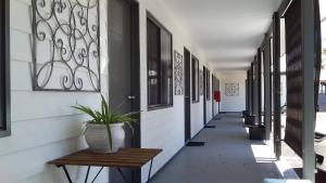 Verandah Motel
