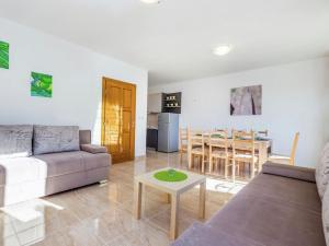 House Chiara 2, Ferienhäuser  Dramalj - big - 3