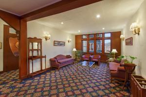 Clarkes Hotel, Szállodák  Simlá - big - 25