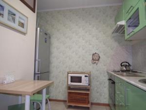 Apartments near Mega at Vatutina 35 - Karzhass