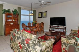 Three-Bedroom Apartment with sea View 1807