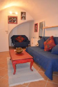 Casa Med Holiday Home, Case vacanze  Isolabona - big - 43