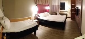 Standard Room with Double Bed and Single Bed