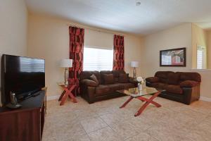 8967 Cat Palm Road Pool Home, Prázdninové domy  Kissimmee - big - 1