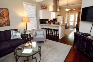 Jefferson Cottage, Homestays  Memphis - big - 1