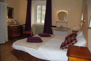 Le Jardin de la Sals (Ecluse au Soleil), Bed & Breakfasts  Sougraigne - big - 10