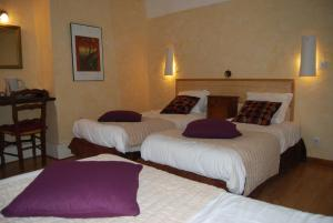 Le Jardin de la Sals (Ecluse au Soleil), Bed & Breakfasts  Sougraigne - big - 12