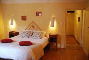 Le Jardin de la Sals (Ecluse au Soleil), Bed & Breakfasts  Sougraigne - big - 15