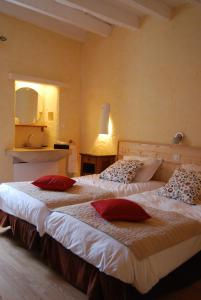 Le Jardin de la Sals (Ecluse au Soleil), Bed & Breakfasts  Sougraigne - big - 16