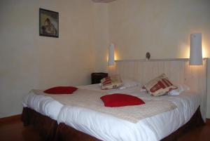 Le Jardin de la Sals (Ecluse au Soleil), Bed & Breakfasts  Sougraigne - big - 23