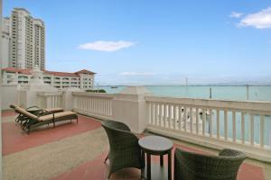 Home-Suites in Straits Quay, Penang, Апартаменты  Танджунг-Бунга - big - 19