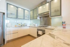 Home-Suites in Straits Quay, Penang, Apartmanok  Tanjung Bungah - big - 58