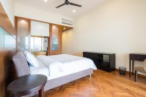 Home-Suites in Straits Quay, Penang, Апартаменты  Танджунг-Бунга - big - 53