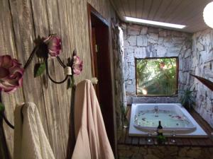 Chalet River with Spa Bath