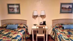 White Sands Motel, Motels  Alamogordo - big - 10