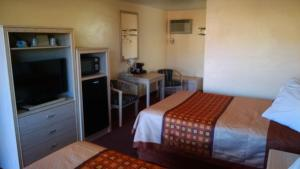 White Sands Motel, Motel  Alamogordo - big - 12