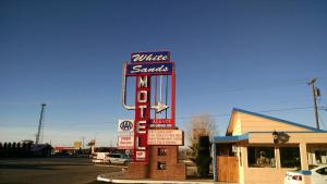 White Sands Motel, Motel  Alamogordo - big - 1