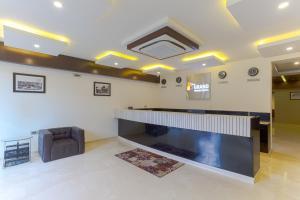 Treebo Grand Premier Suites, Hotely  Bangalore - big - 49