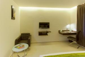 Treebo Grand Premier Suites, Hotely  Bangalore - big - 4