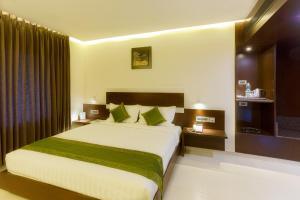 Treebo Grand Premier Suites, Hotely  Bangalore - big - 5