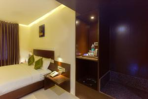 Treebo Grand Premier Suites, Hotels  Bangalore - big - 6